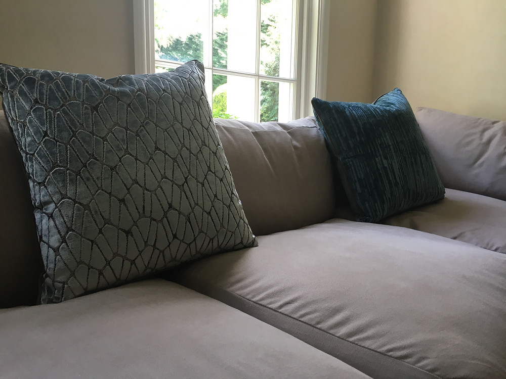 SUEDE FABRIC PIPED CUSHIONS