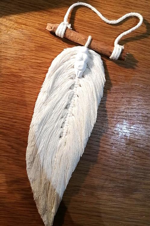 Amulette plume