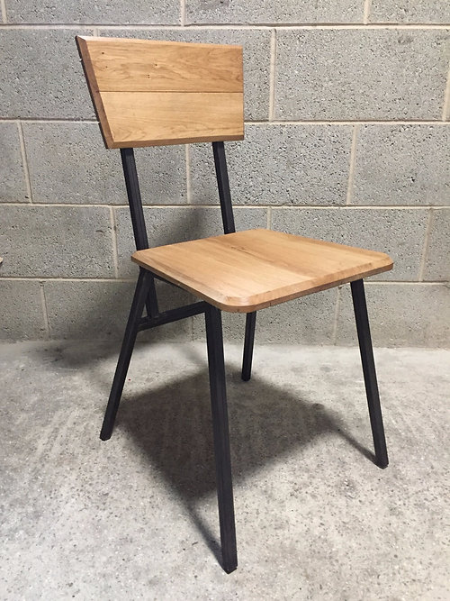 24/7 RETRO TABLE AND DINING CHAIR   INDUSTRIAL STYLE