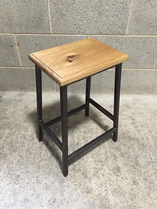 TABLE STOOL   RETRO INDUSTRIAL (LOW)