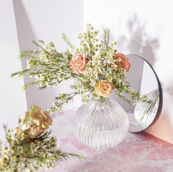 GLEE047 Round Fluted Glass Vase Clear