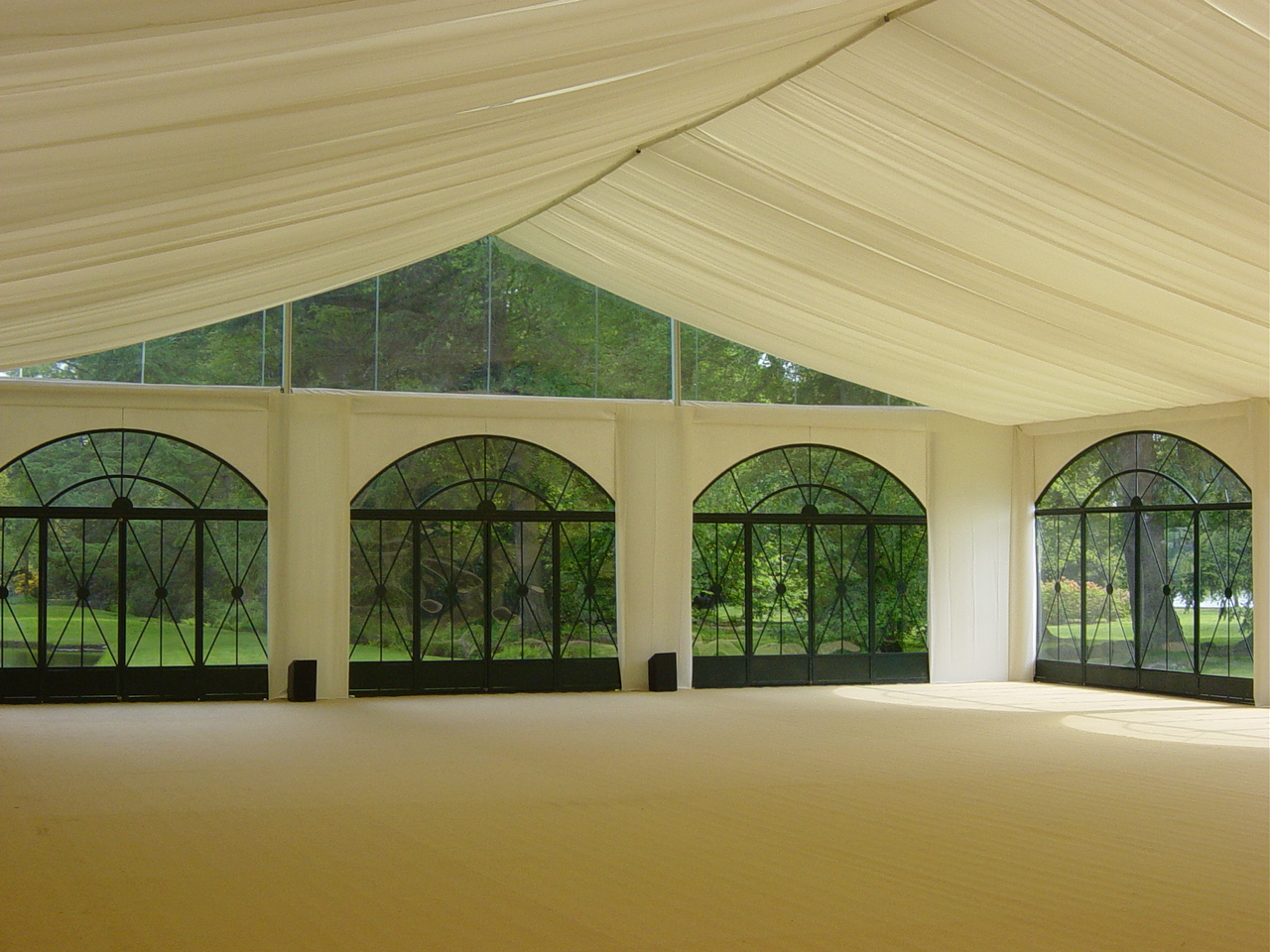 de halleux sa - tentes orangeries (2).jpg