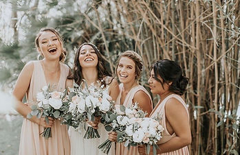 real-boho-bride-with-bridesmaids.JPG