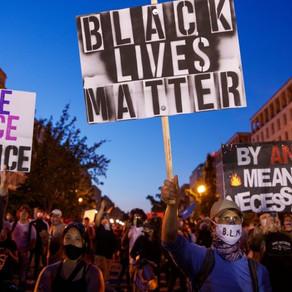 打开种族歧视的伤口