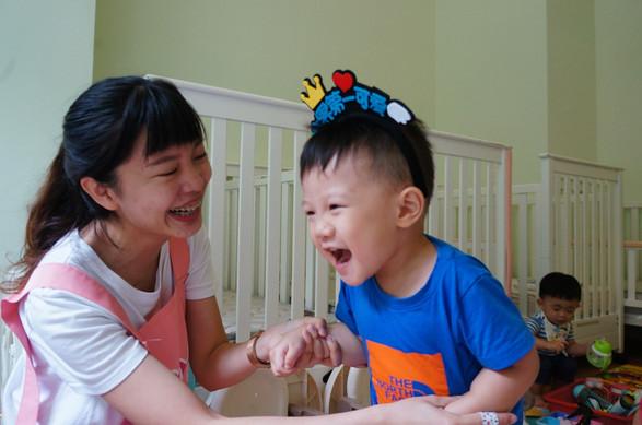 一館新老師與孩子互動照片(下圖為範本)_190821_0015.jpg