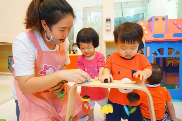 一館新老師與孩子互動照片(下圖為範本)_190821_0004.jpg