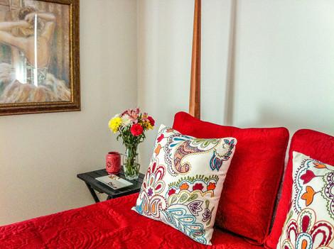 Red comforter