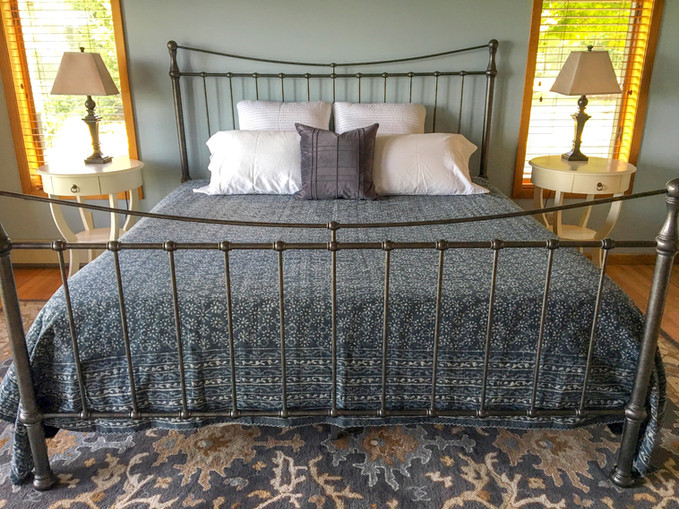 wireframe bed