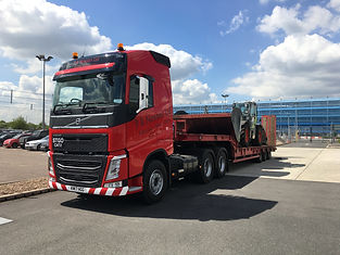 Volvo low loader (1).JPG