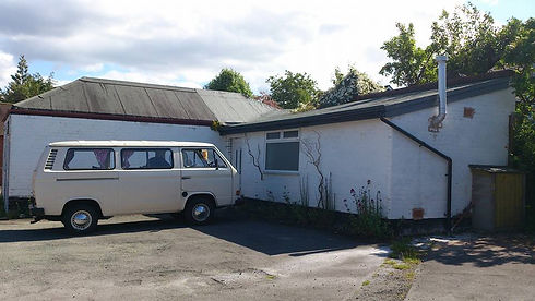 sean-the-camper-van-outside-the-pottery[