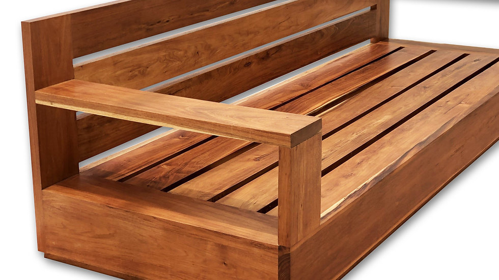 Sillón triple en madera de Tzalam