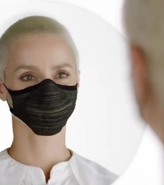 OUR MAKEUP ARTIST MARI SHTEN REMINDS YOU TO MASK UP