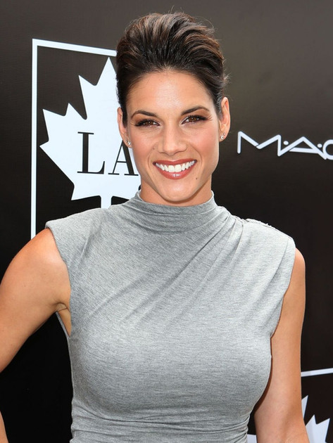 missy-peregrym-2015-golden-maple-awards-