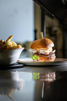 Tumpiv Burger, der beste aus der Surselva!