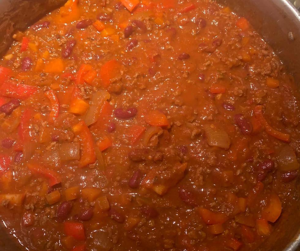 31. oktober.Het chili con carne ble servert av Magne Hellesjø.