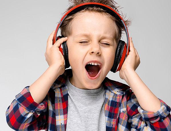 Gutt synger.jpg