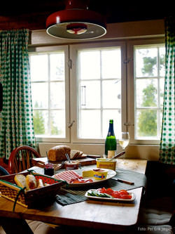 Kjøkken med utsikt over Ølsjøen