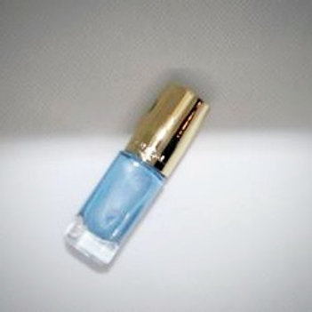 Лак для ногтей Лореаль, тон 192, цвет небесный