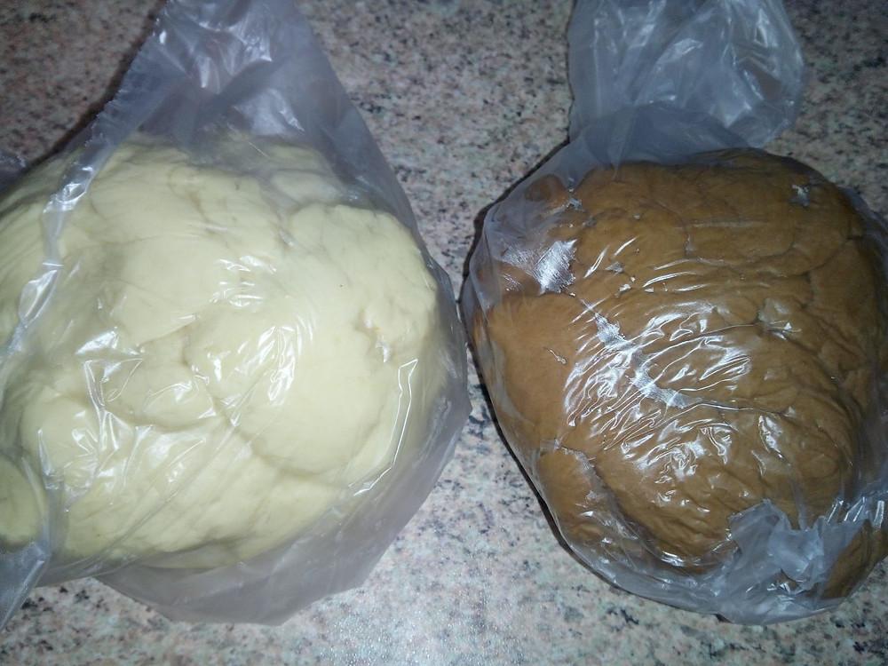 поделенное тесто