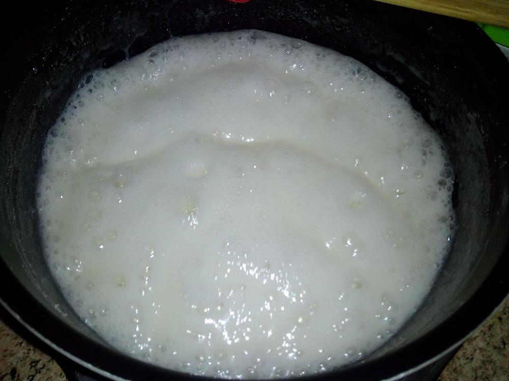 молоко с сахаром