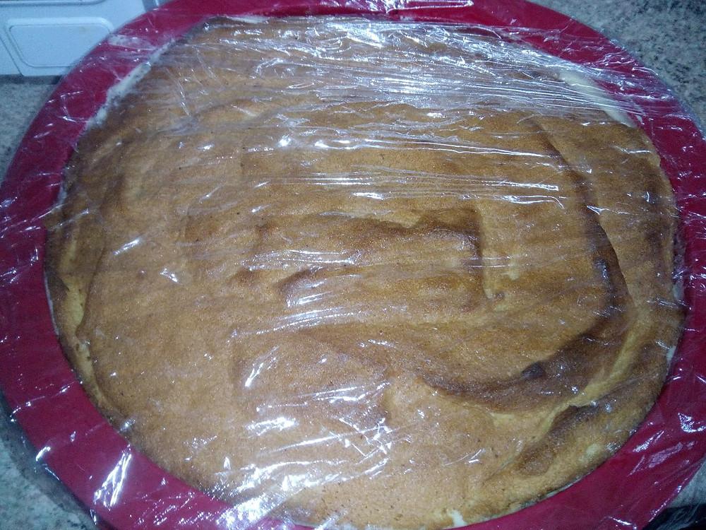 торт с целофаном