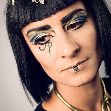 #egyptianmakeup #makeup #mua #makeupgeek #lovemyjob❤️ #nofilterneededforthisbeauty #egyptianstyle #makeupaddict