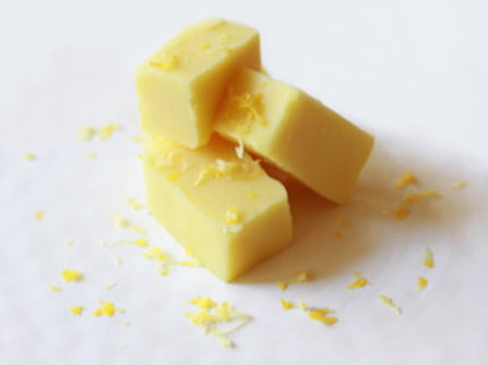 Ex-Squeeze Me Fudge (Wht Choc Flavored w/Lemon)