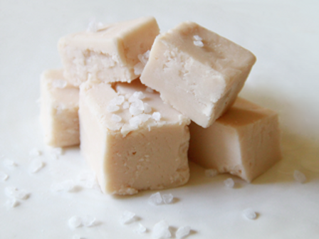 Caramel by the Sea Fudge (Wht Choc Flavored w/Caramel & Topped w/Sea Salt)