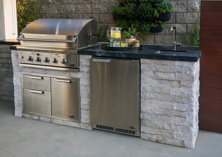 Kindred_Outdoor Kitchen_Sunset Idea Hous