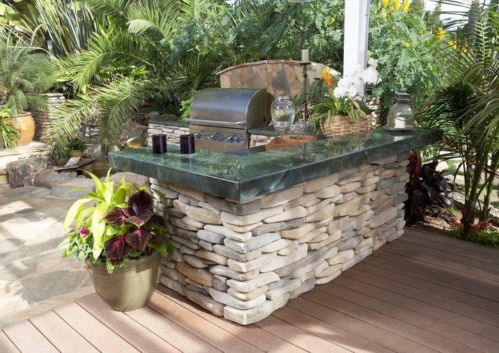 Kindred_Outdoor Kitchen_Coastal Ledge_St