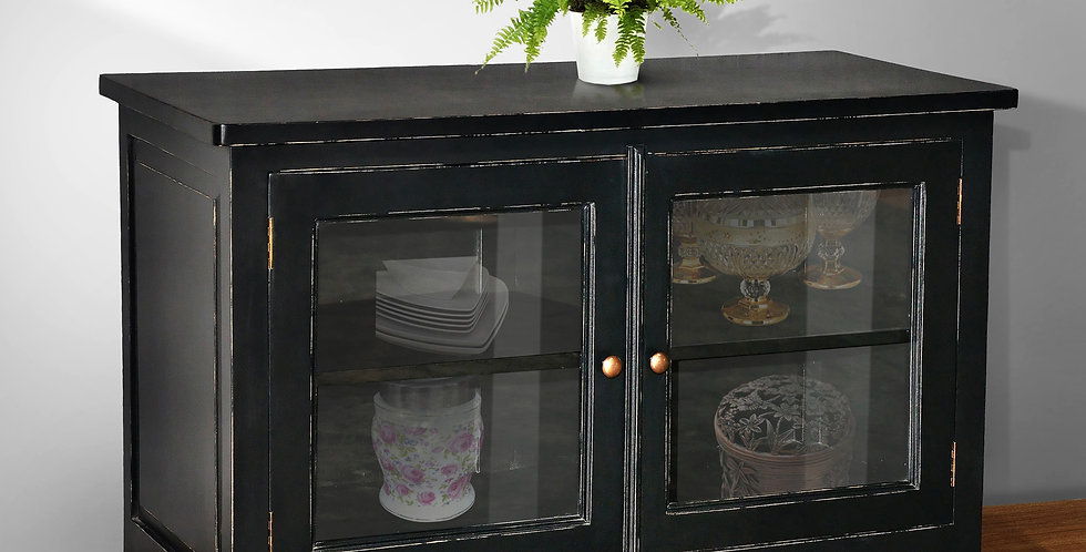 MAH446 - Summer Buffet with glass doors