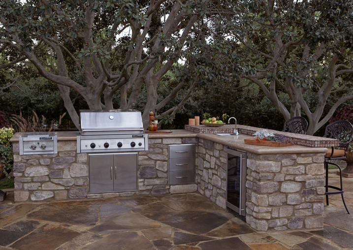 Kindred_Outdoor Kitchen_Fireplace_Coasta