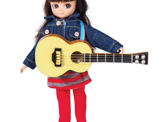Poupée + guitare