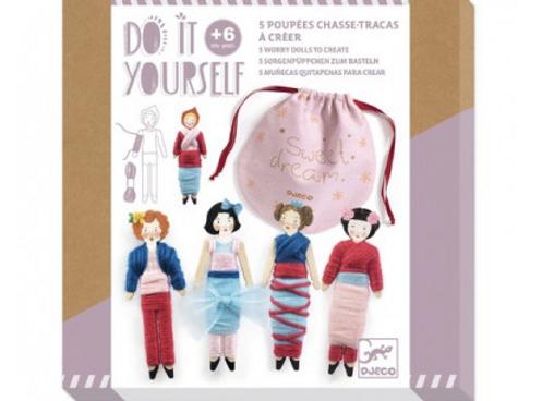 5 poupées chasse-tracas