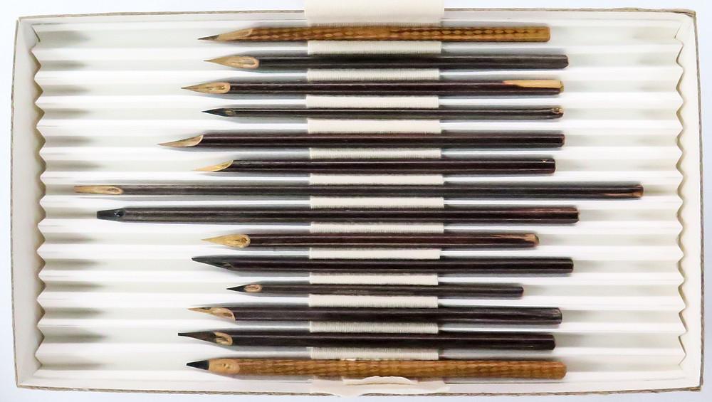 Reed pens secretaries Bahá'u'lláh
