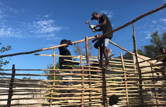 In Mozambique, community mobilizes after cyclone