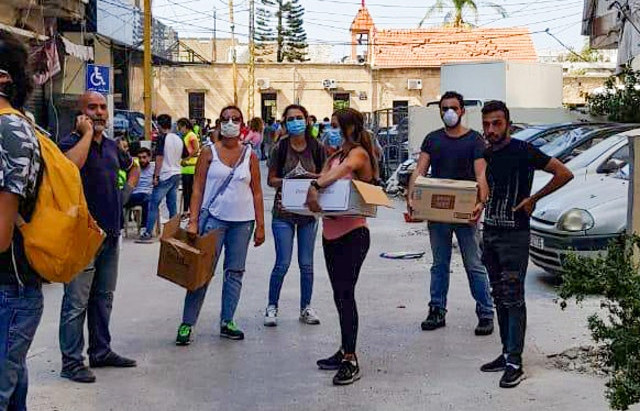 Youth in Beirut create disaster recovery network