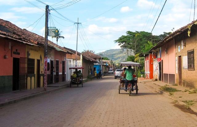 Community banks in Nicaragua take early precautions