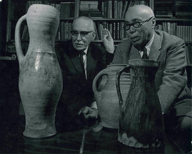 Pioneering pottery sought unity of East and West