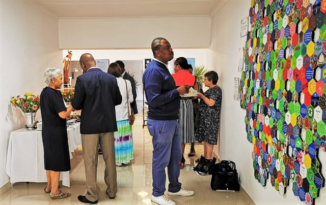 South Africa's Baha'i community held a bicentenary celebration for national dignitaries.