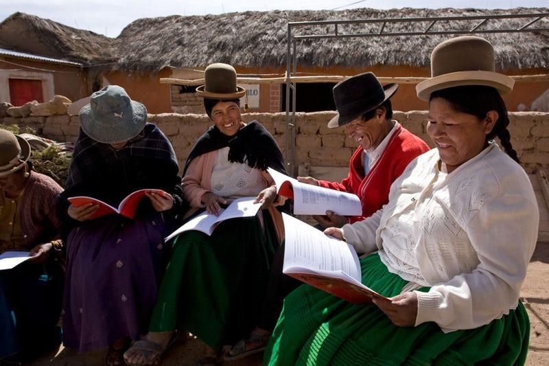 Bolivia Bahá'í study circle