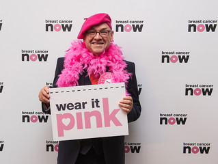 James Dornan MSP wears it pink in Parliament in aid of Breast Cancer Now