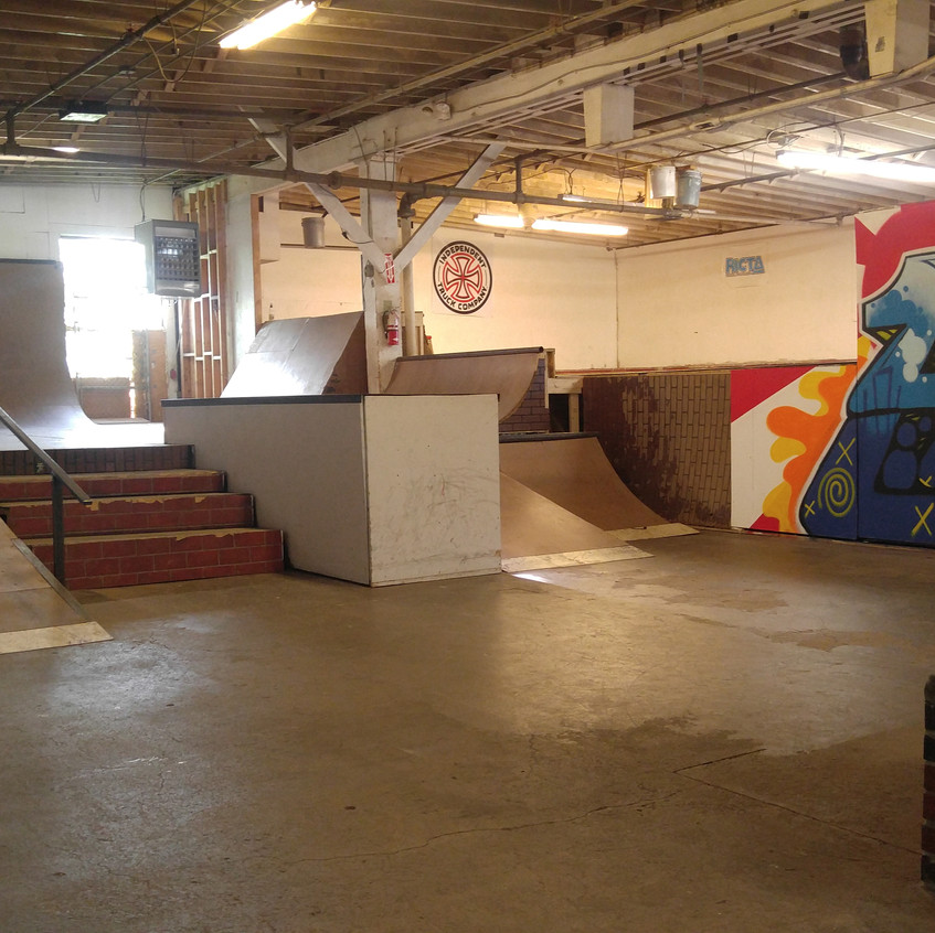 Red Alert Skateshop Street Course