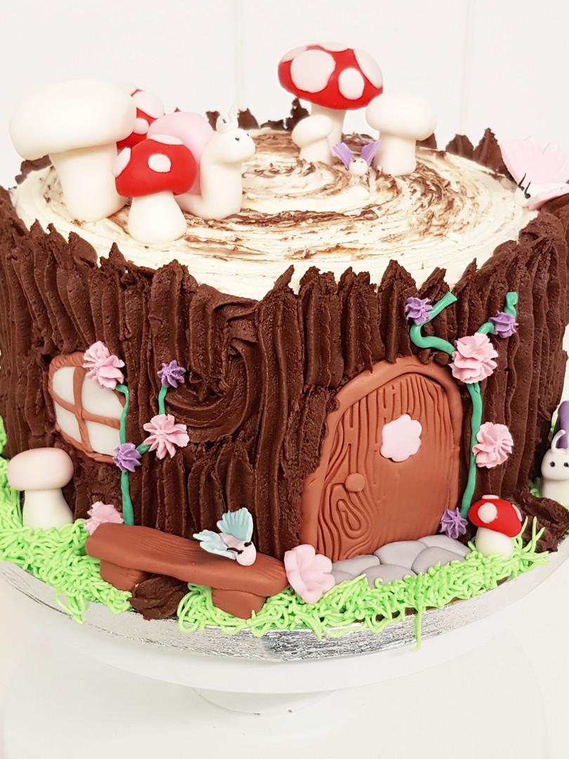 custom chocolate foragers cake