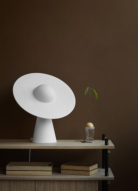 MOEBE_CERAMIC-TABLE-LAMP_IC_LOW-RES_02.j