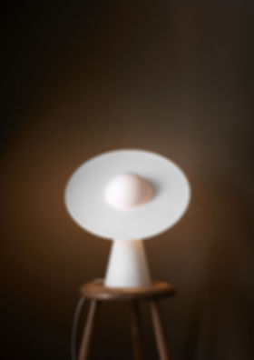 MOEBE_CERAMIC-TABLE-LAMP_IC_LOW-RES_06.j
