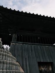 梵鐘と水子供養塔