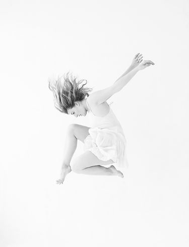 Dancer jumping in the air in New York