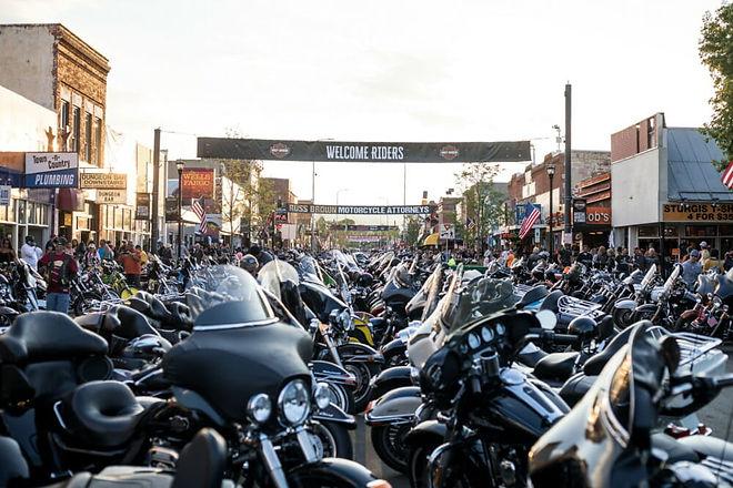 Harley-Davidson-Sturgis.jpg