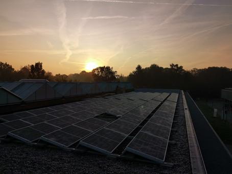 Burgercoöperaties halen raamcontract zonnepanelen VEB binnen